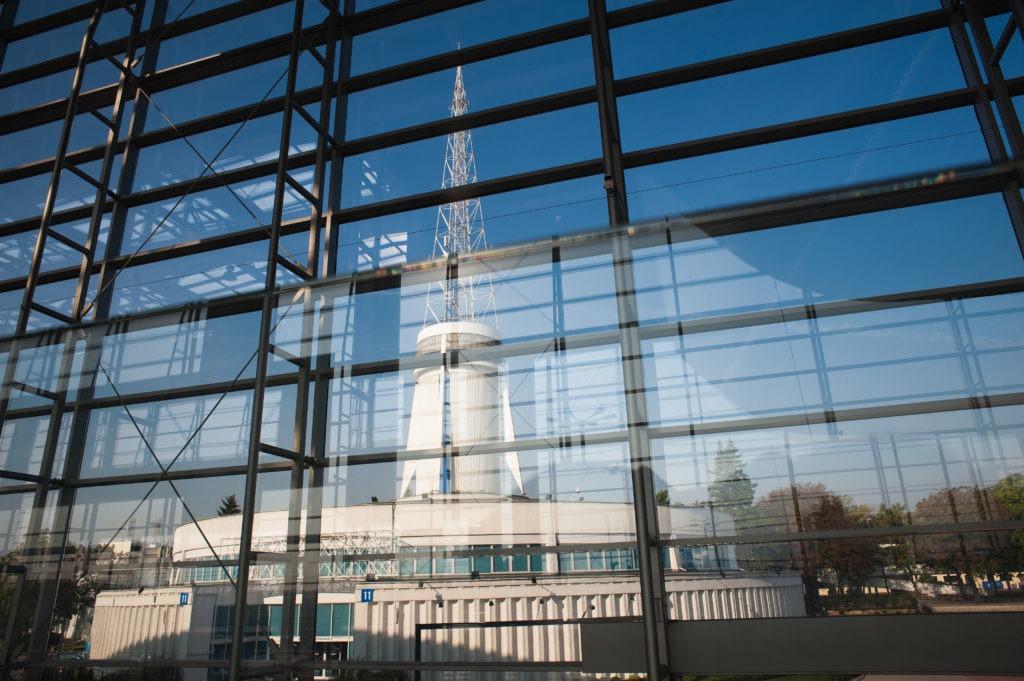 na zdjęciu widać Międzynarodowe Targi Poznańskie